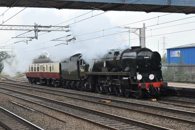 SR 34046 'Braunton' @ Rugeley Trent Valley railway station