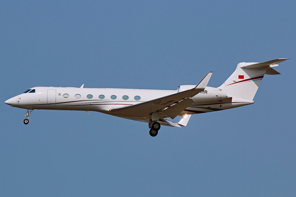 FRA: Avions VIP, Liaison & ECM - Page 25 50462908921_305aa90d9e_b