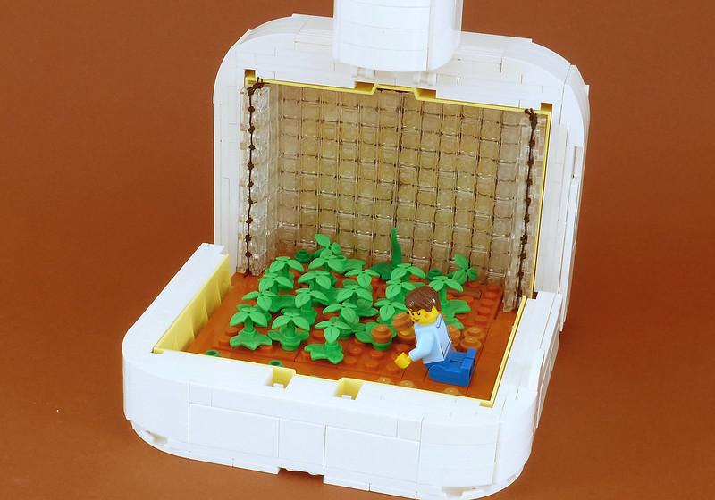 LEGO Storybook - The Martian.01