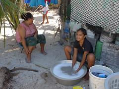 GEM WASH Tuvalu 2011 girl washing WASH