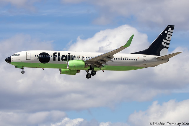Flair Airlines / Boeing 737-86J / C-FFLJ / YYZ