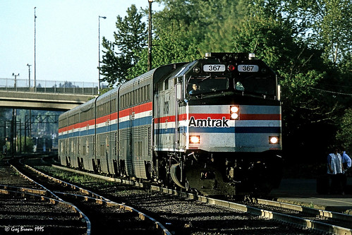salem oregon trains railroads locomotive amtrak amtk f40ph emd superliner passengertrain pacificnorthwest cascadiacorridor