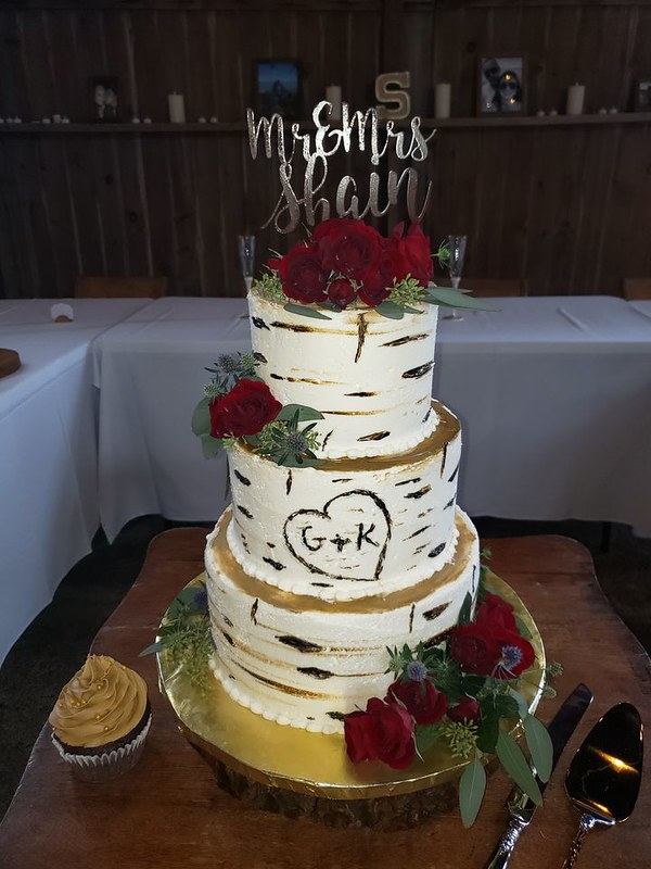 Cake by Tammy's Cake and Cookie Creations