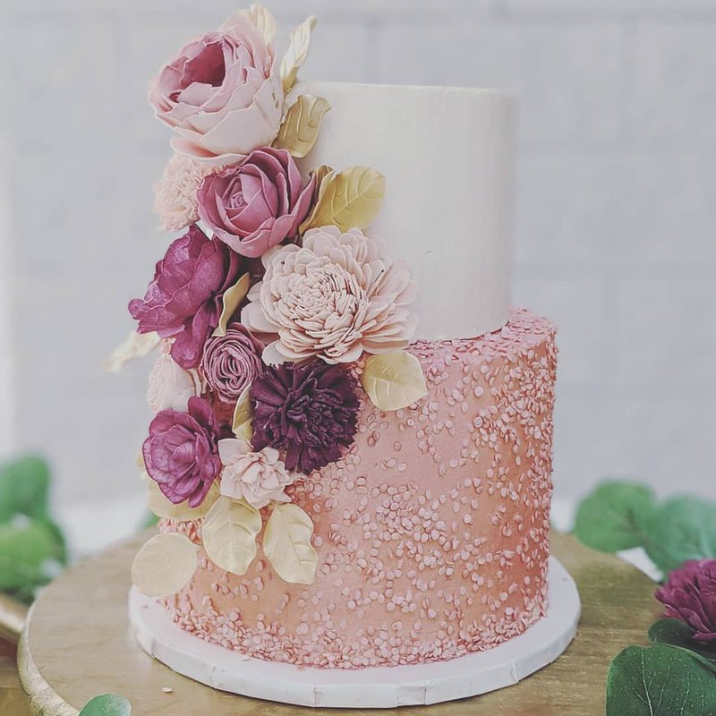 Cake by C Y Bakery
