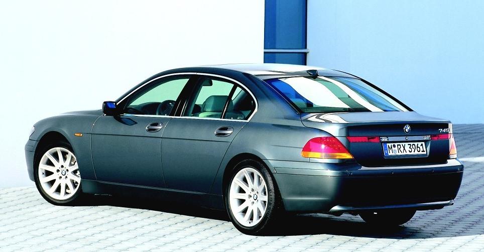 BMW_745i-03_1024