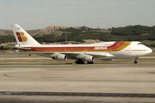 TF-AMB. B-747/400. Iberia. MAD.