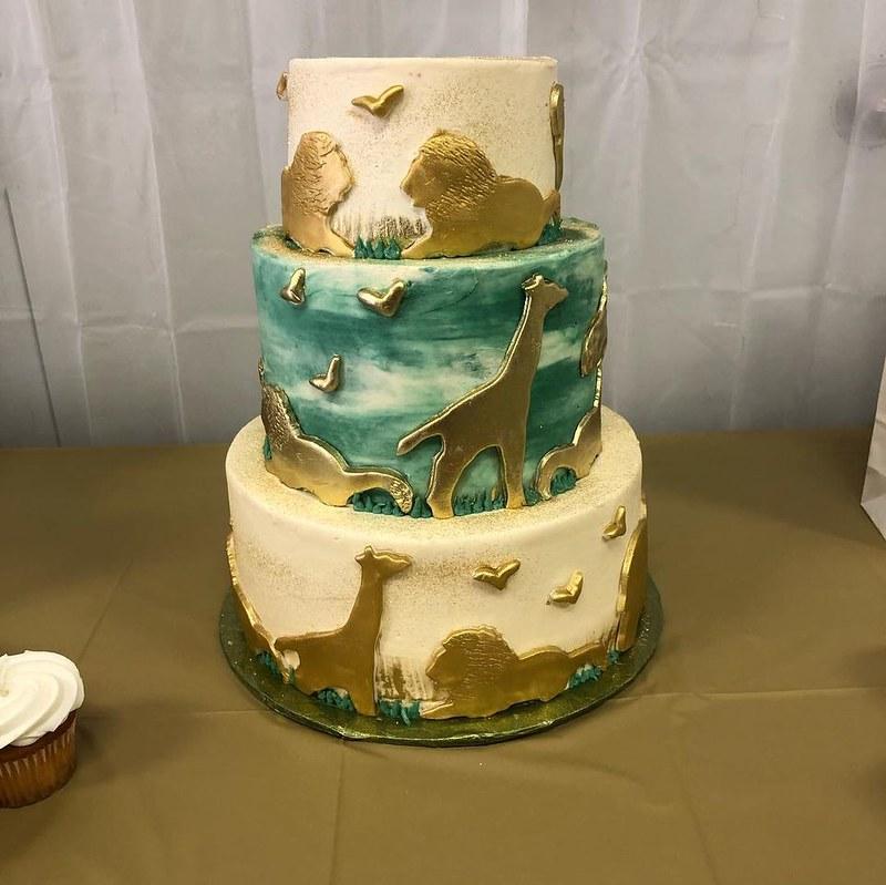 Cake by Raychel's Cakes