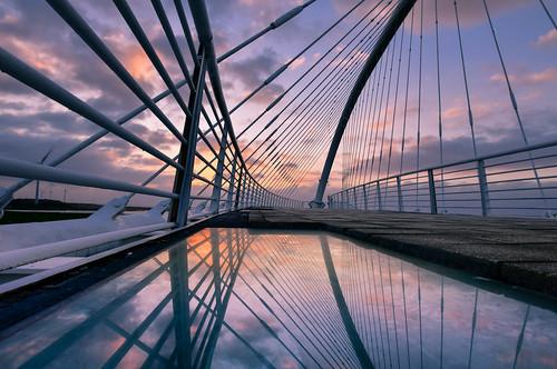 taiwan hsinchu bridge sky outdoors sunset reflection siangshanwetland 台灣 新竹縣 香山溼地 豎琴橋 倒映 夕陽 香山區 雲彩 天空 cloud 建築美學 西濱 westcoast