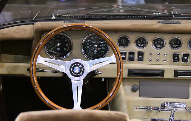 De Tomaso Longchamp Spyder