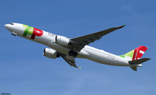 TAP-Air Portugal Airbus A330-941 CS-TUF