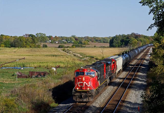 CN 5641, CSX Garrett Subdivision, Albion, Indiana