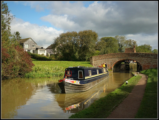 Narrowboat CLAIRE