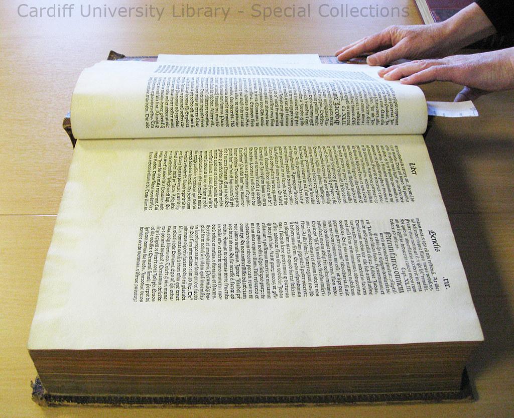 Incunabulum Book Open