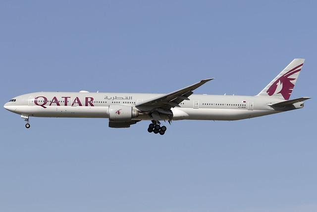 Qatar Airways 777-300ER A7-BAE at Heathrow Airport LHR/EGLL