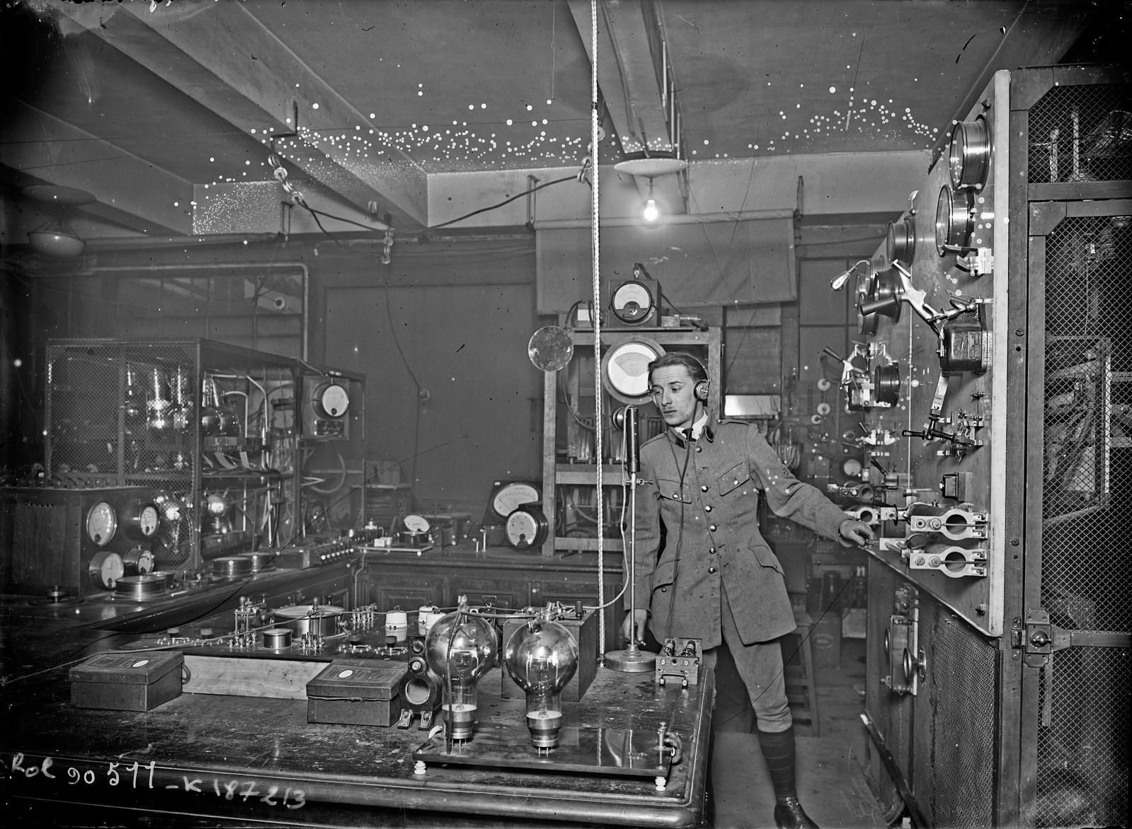 06. 1924. Беспроводное телеграфное оборудование «TSF»