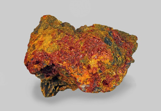 Getchellite with Orpiment