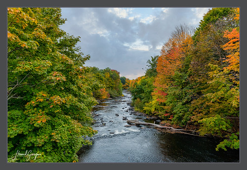 maine kennebunk york foliage autumn mousamriver stream sunset fall clouds