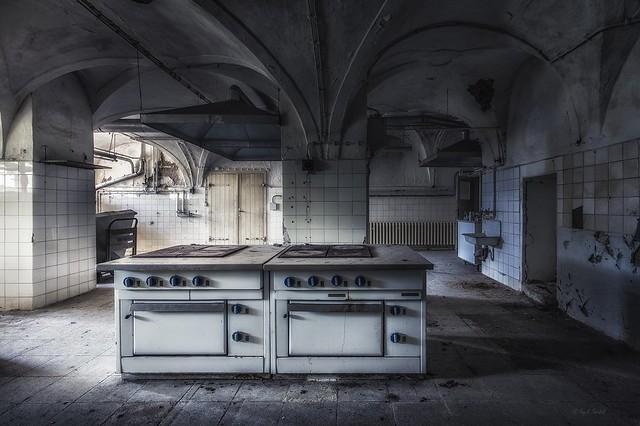forgotten castle kitchen