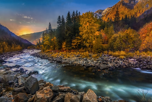 Autumn Colors in Tumwater Canyon | by Cole Chase Photography