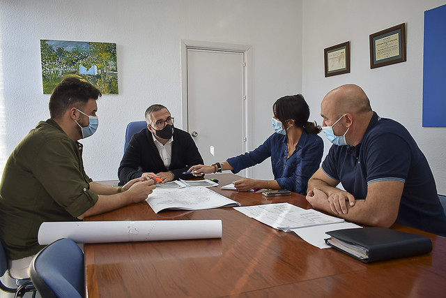 Reunión balance alumbrado público Los Palacios y Vfca