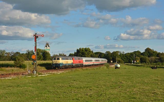 DB Railsystems 218 466-1 + 218 379-6 - Risum-Lindholm