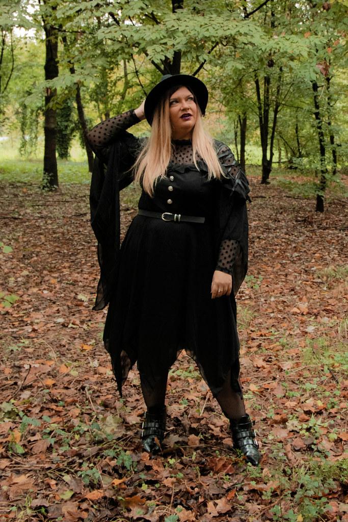 outfit curvy plus size halloween carnevale strega (8)