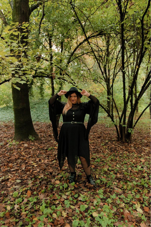outfit curvy plus size halloween carnevale strega (7)