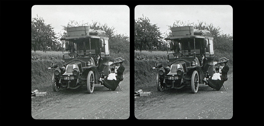 Small Picnic by the side of the road-02b-1910-Near Rouen