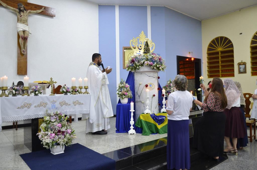 Solenidade de Nossa Senhora Aparecida nas Paróquias - 2020