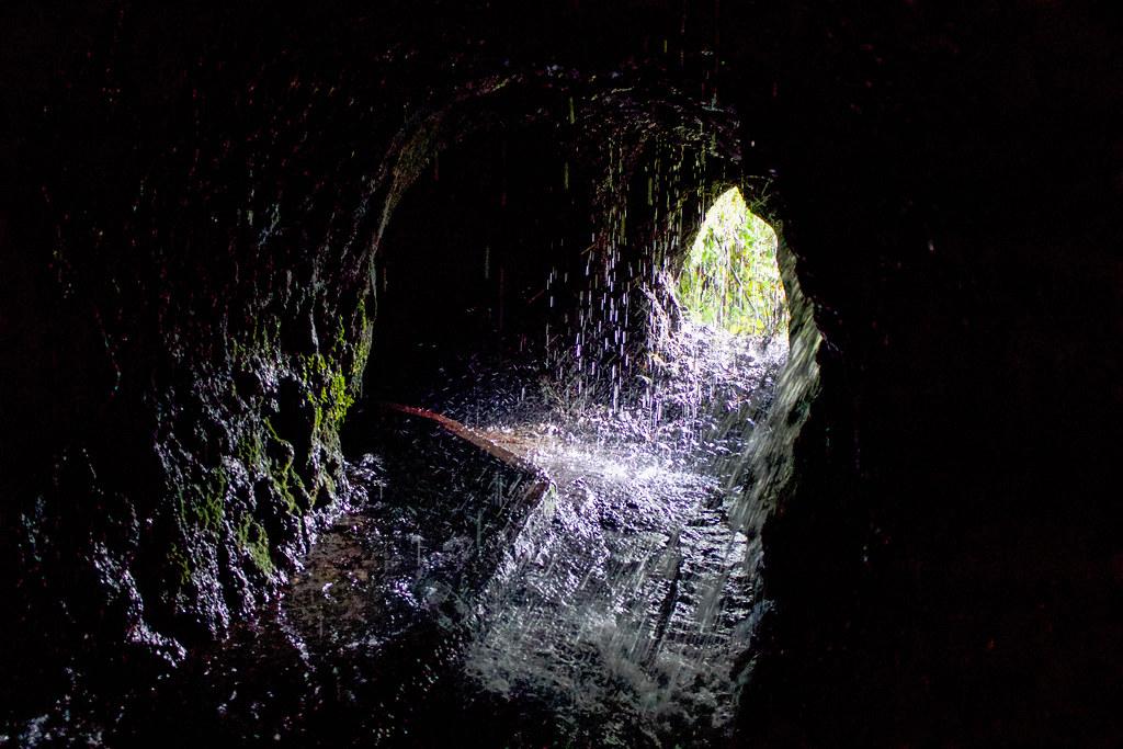 Interior del tunel 12 del naciente de Marcos en La Palma