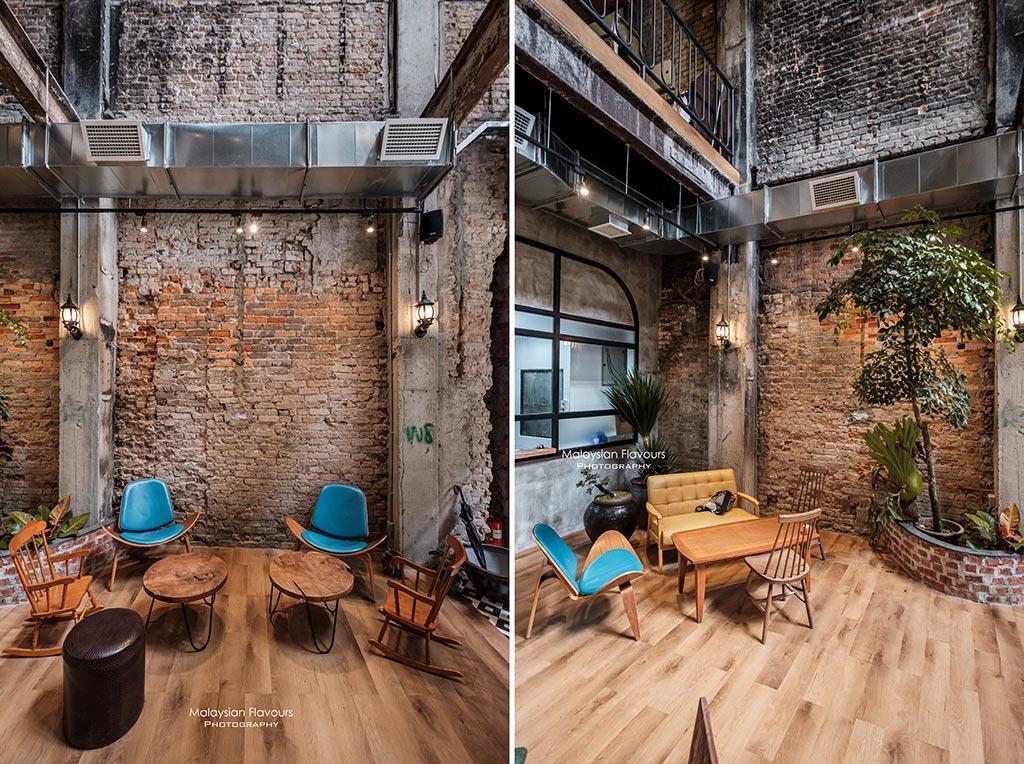 light-capture-cafe-interior2