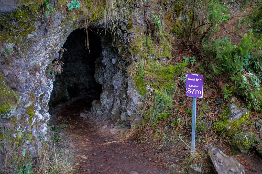 Entrada del túnel 1 del sendero Marcos y Cordero