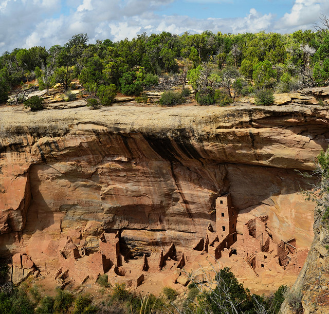 Square Tower House – an ancient cliff dwelling in Mesa Verde National Park Colorado