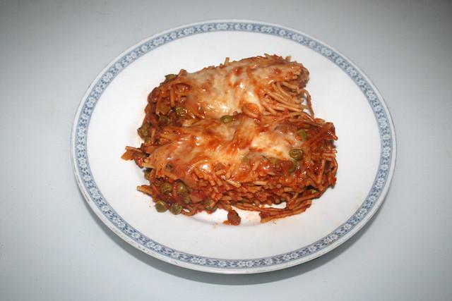 Spaghetti casserole with leek & mushrooms - Leftovers II / Spaghetti-Auflauf mit Lauch & Pilzen - Resteverbrauch II