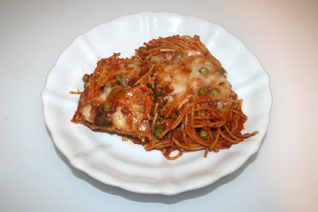 Spaghetti casserole with leek & mushrooms - Leftovers III / Spaghetti-Auflauf mit Lauch & Pilzen - Resteverbrauch III