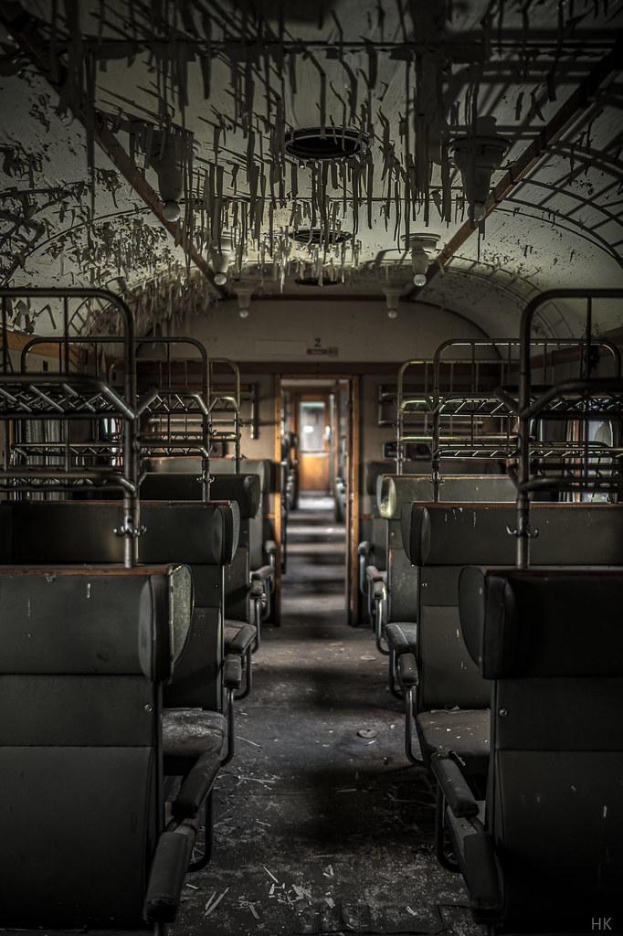stalactite train