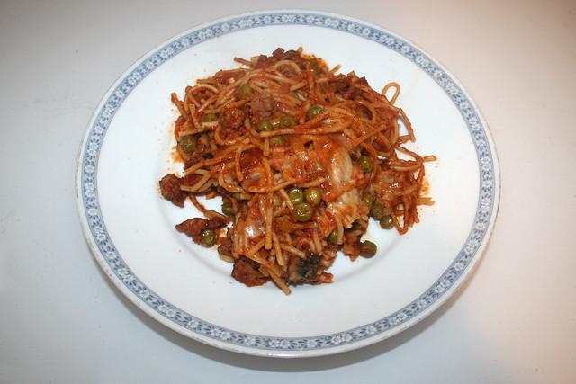 Spaghetti casserole with leek & mushrooms - Leftovers IV / Spaghetti-Auflauf mit Lauch & Pilzen - Resteverbrauch IV