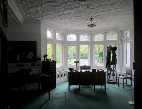 Bletchley Park Mansion room & ceiling