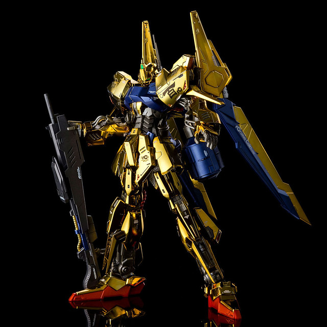 MG 1/100《鋼彈創鬥者》百式 RAISE CAIN  豪華金黃電鍍的百式壞後繼機!