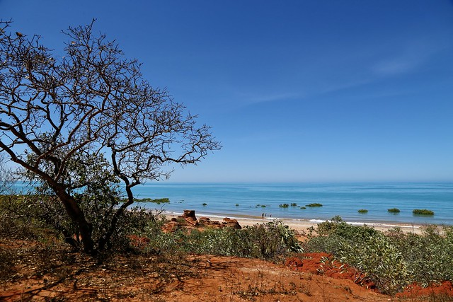 Contrasting colours of Roebuck bay, Broome, Western Australia