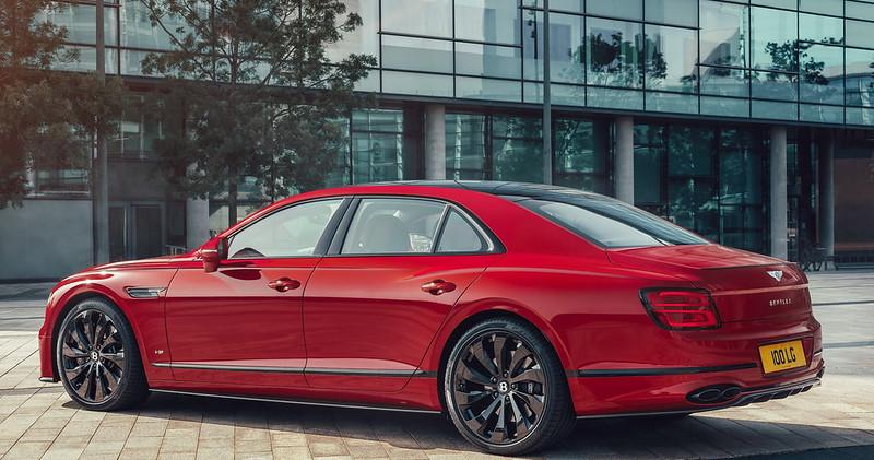 Bentley-Flying-Spur-V8-08