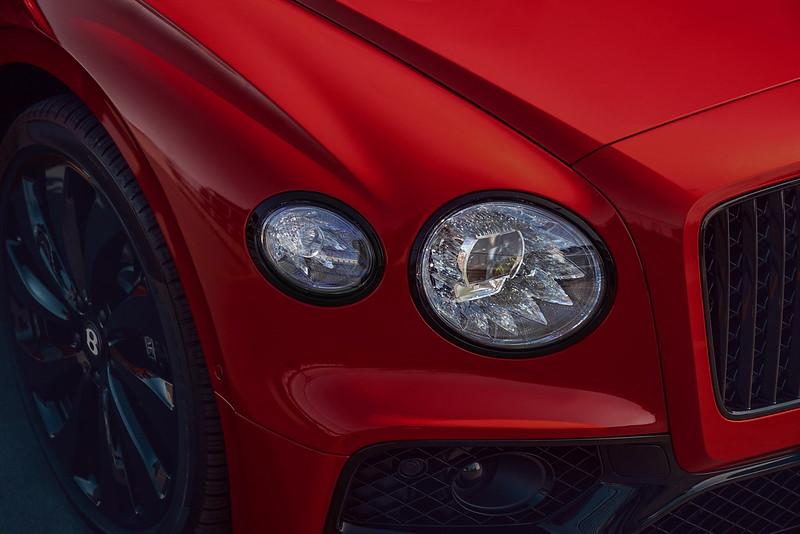 Bentley-Flying-Spur-V8-10