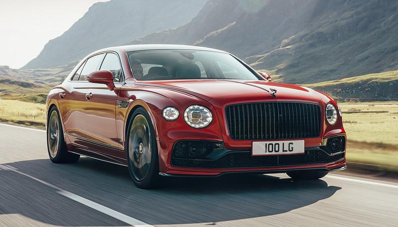 Bentley-Flying-Spur-V8-01