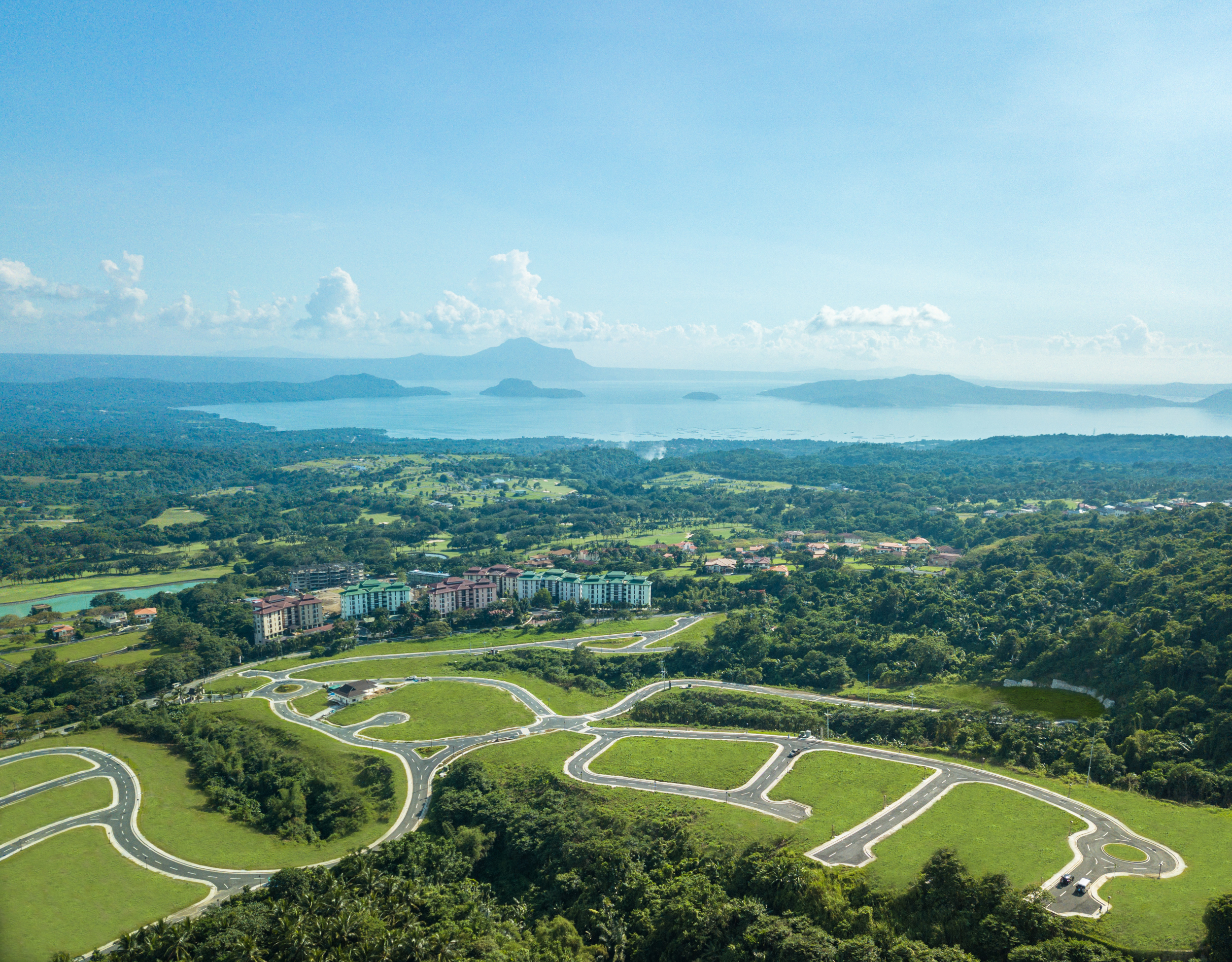 Healthy lifestyle in Vireya, Tagaytay Highlands'  Tropical Haven