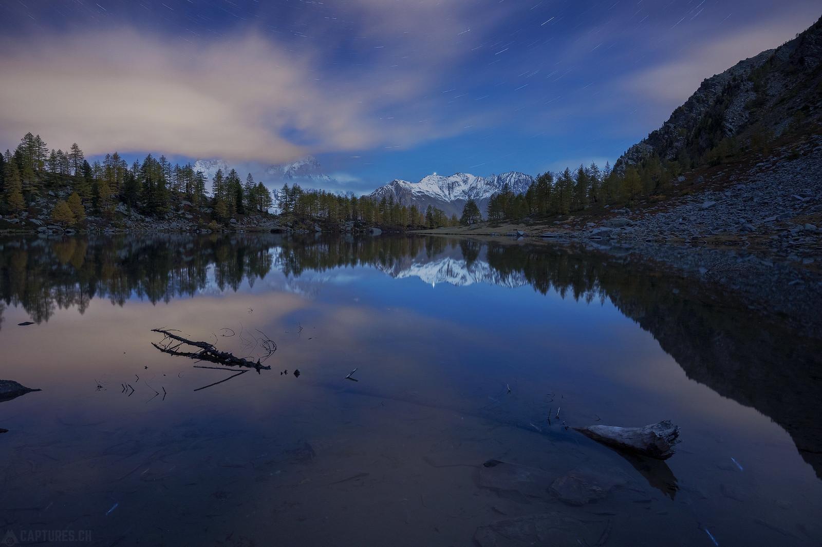 Night at the lake -. Lago d'Arpy
