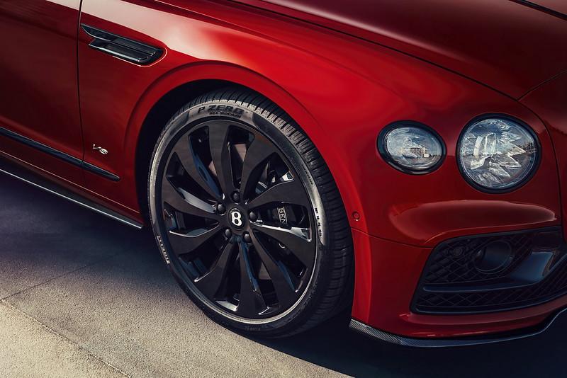Bentley-Flying-Spur-V8-11