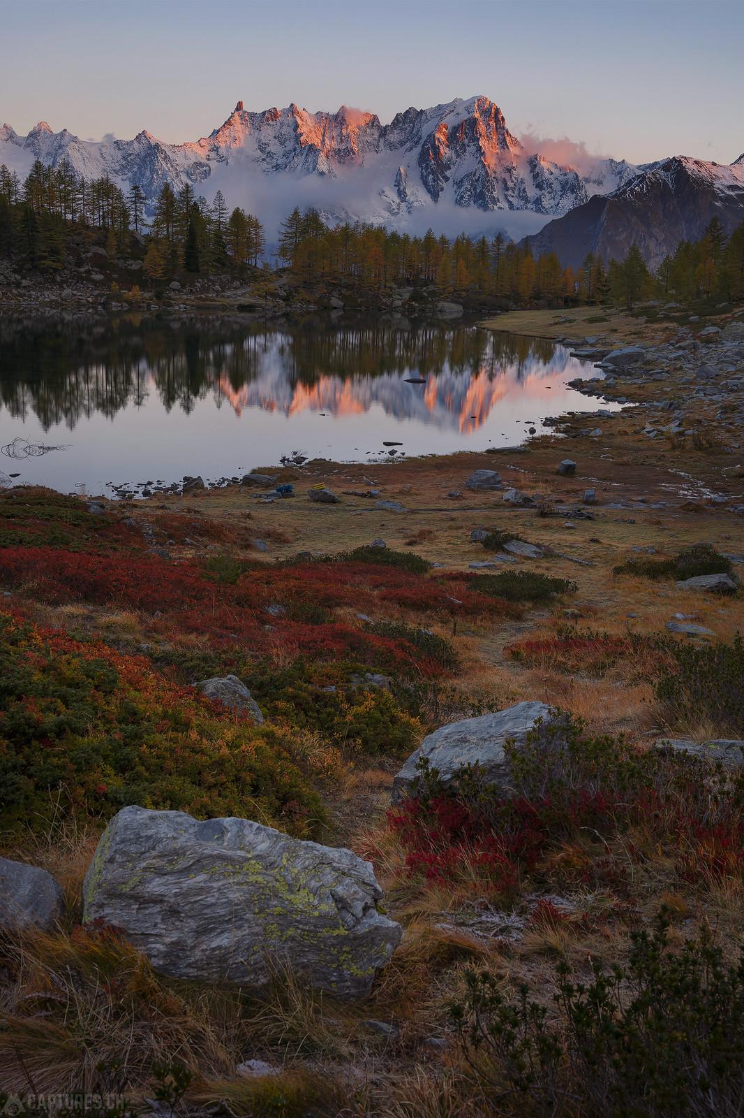 Fall colors - Lago d'Arpy