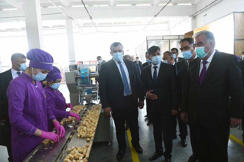 Ифтитоҳи коргоҳи истеҳсоли шоколад дар минтақаи саноатии шаҳри Хуҷанд  15.10.2020