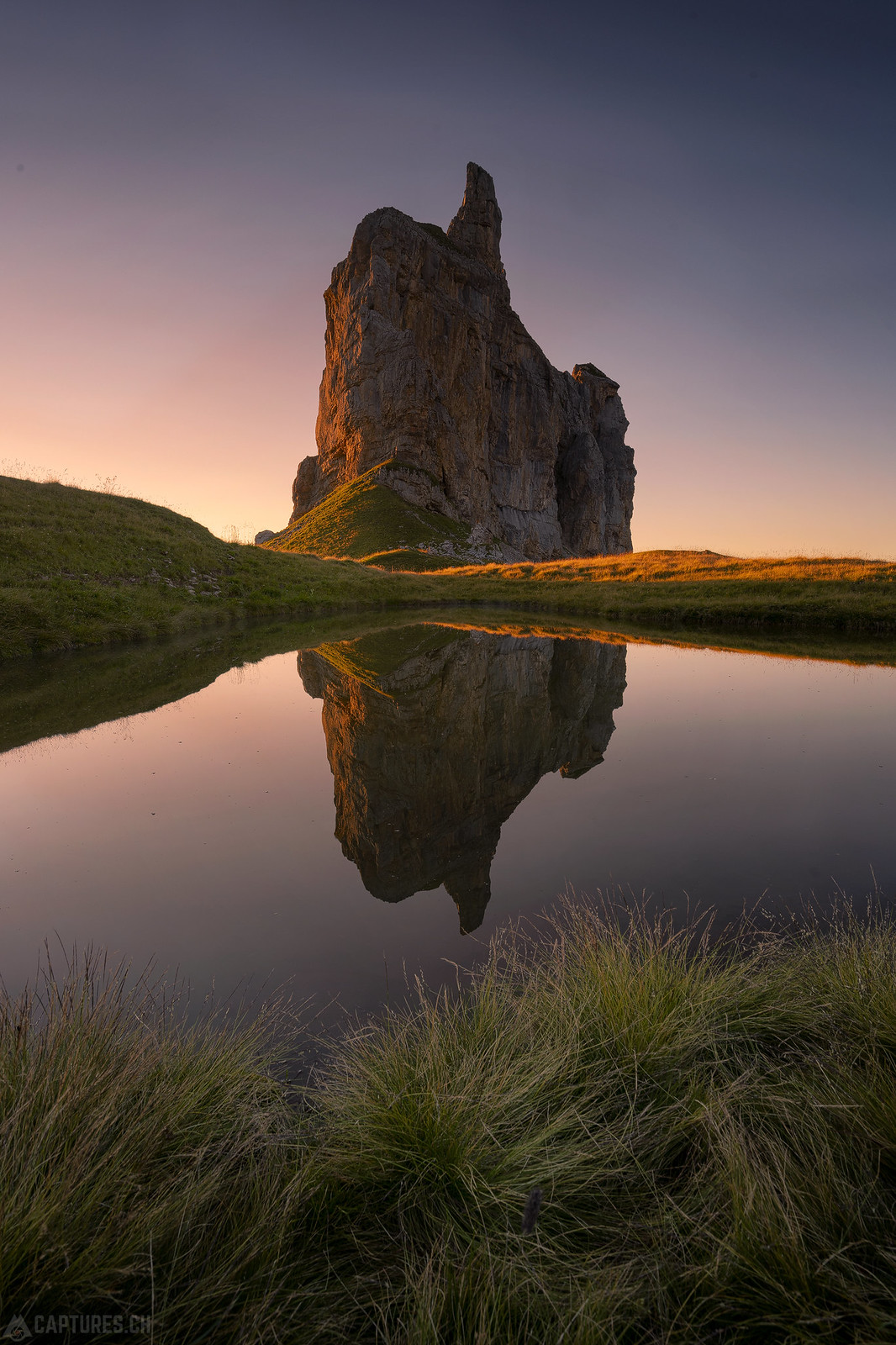 Cliff in the evening sun - Achslenstock