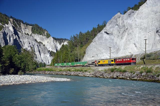 🇨🇭 Train 5757 @ Versam-Safien